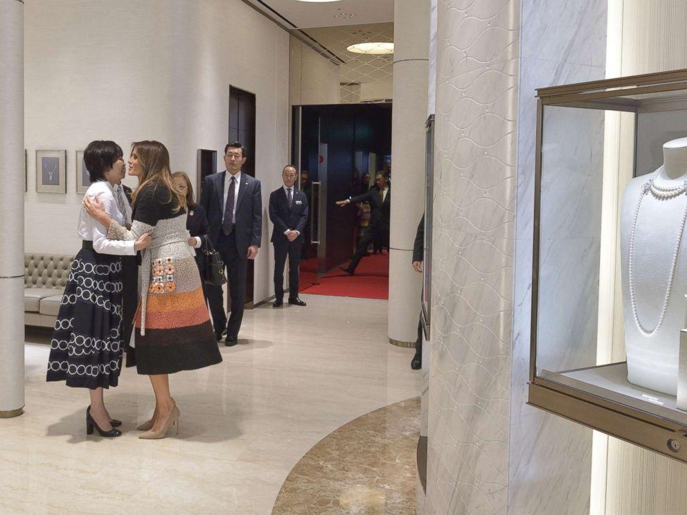Melania Trump visits luxury pearl retailer in Tokyo