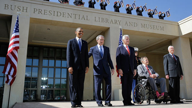 PHOTO: Presidents at Bush Center dedication