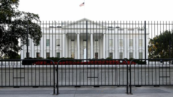 http://a.abcnews.com/images/Politics/ap_white_house_security_fence_jc_140923_16x9_608.jpg