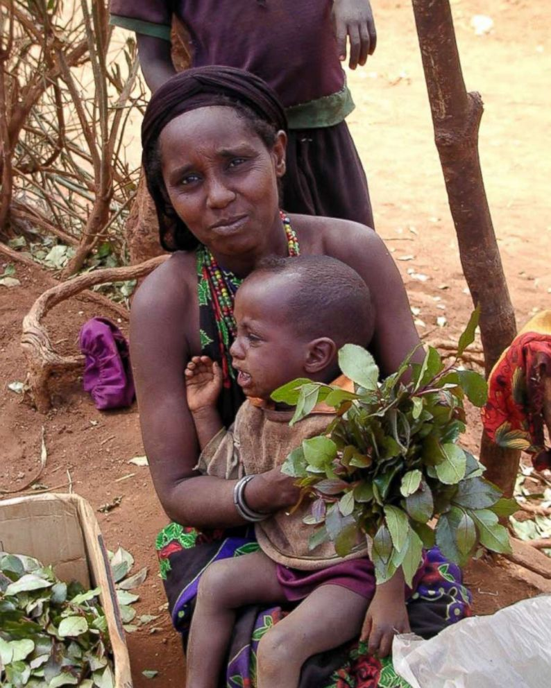 PHOTO: A Kenyan mother with her son