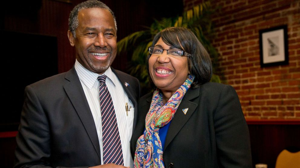Secretary Carson's wife aware of $31K dining set selection: Emails