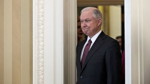 PHOTO: Jeff Sessions, arrives for his swearing in ceremony to be U.S. attorney general, in the Oval Office of the White House, Feb. 9, 2017