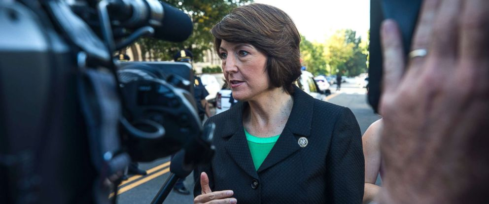 PHOTO: Cathy McMorris Rodgers speaks to the media in Washington, D.C., on Sept. 27, 2017.