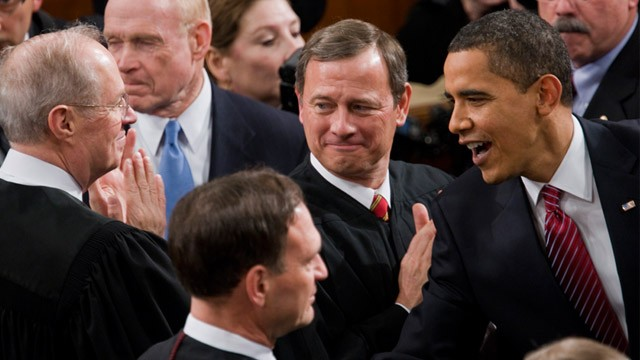 PHOTO: President Obama greets Supreme Court Justices