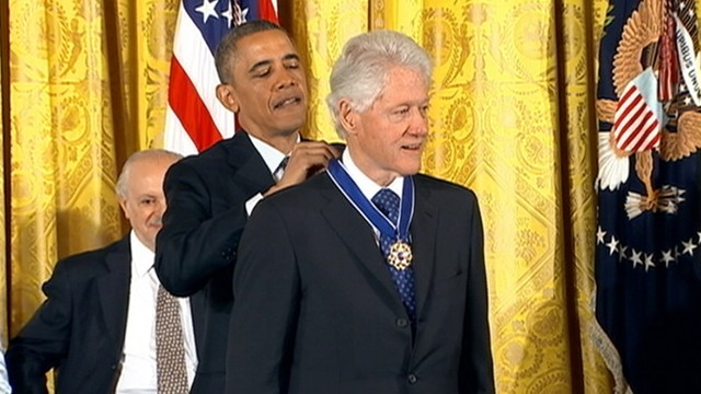 VIDEO: Bill Clinton is awarded the Presidential Medal of Freedom.