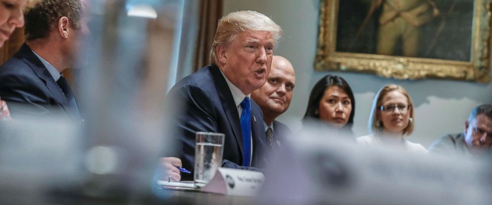 PHOTO: President Donald J. Trump delivers remarks during a bipartisan meeting of US representatives on tax reform in the Cabinet Room of the White House in Washington, Sept. 13, 2017.