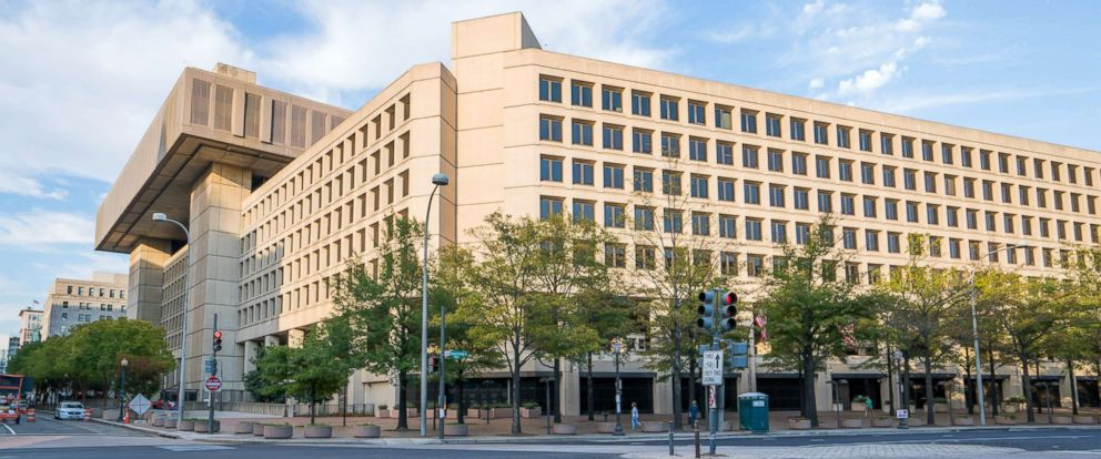 PHOTO: General view of the J. Edgar Hoover F.B.I. Headquarters, Oct. 31, 2016, in Washington D.C.