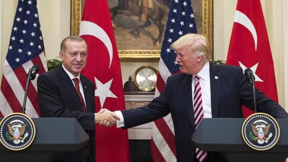 Trump presses Turkey to release jailed US pastor