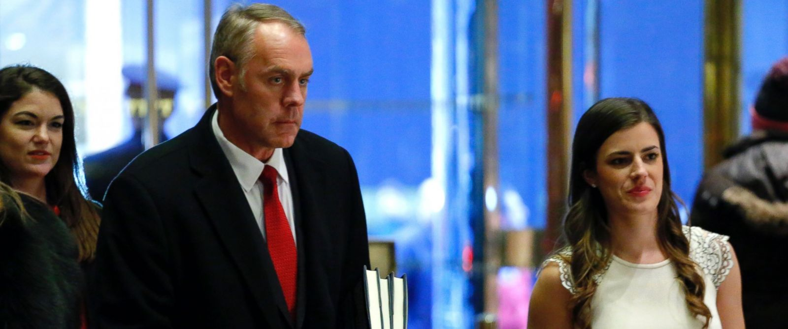 PHOTO: Ryan Zinke (L) arrives at Trump Tower, Dec. 12, 2016, in New York.