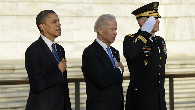 PHOTO: President Barack Obama, Vice President Joe Biden and Major General Michael S. Linnington, Commander of the US Army Military District of Washington participate in a wreath-laying ceremony at the Tomb of the Unknown Soldier Jan. 20, 2013 in Arlington