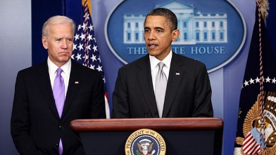 PHOTO: President Barack Obama announces the creation of an interagency task force for guns as as Vice President Joseph Biden listens at the White House, Dec. 19, 2012 in Washington, DC.