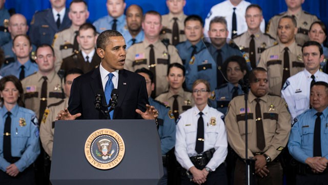PHOTO: US President Barack Obama speaks about gun violence at the Minneapolis Police Department's special operations center, Feb. 4, 2013 in Minneapolis.