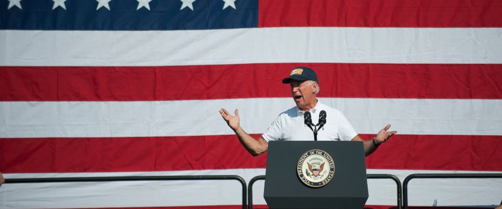 PHOTO: Vice President Joe Biden speaks to union members and supporters during the annual Allegheny County Labor Day Parade on Sept. 7, 2015 in Pittsburgh.