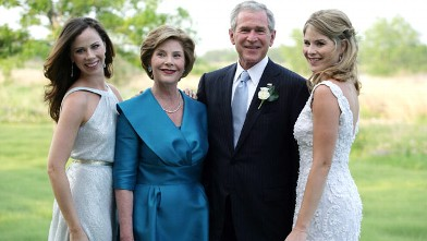 PHOTO: George W. Bush and Mrs. Laura Bush pose with daughters Jenna (R) and Barbara (L) prior to the wedding of Jenna and Henry Hager in this