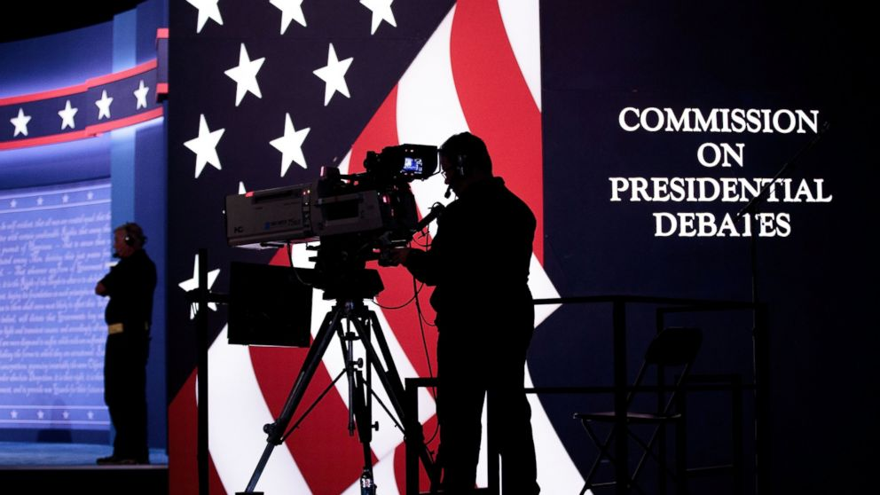 http://a.abcnews.com/images/Politics/gty_debate_2_er_160926_16x9_992.jpg