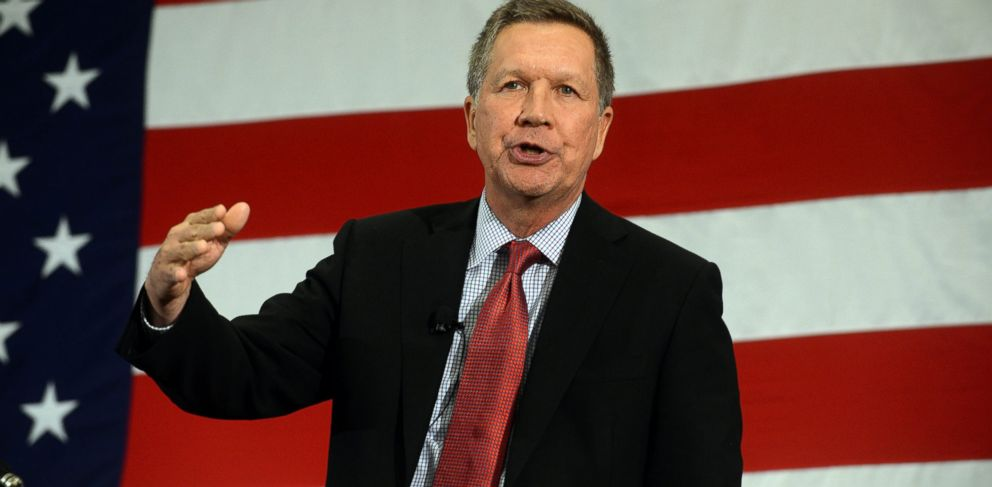 PHOTO: Ohio Gov. John Kasich speaks at the First in the Nation Republican Leadership Summit, April 18, 2015 in Nashua, N.H.