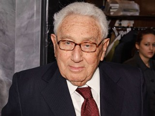 Kissinger Hospitalized After Fall