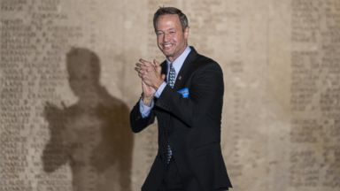 PHOTO: Maryland Governor Martin OMalley arrives for a rally at the War Memorial Building Nov. 3, 2014 in Baltimore, Maryland.