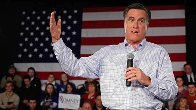 PHOTO: Mitt Romney addresses a campaign town hall meeting at Central High School, Jan. 4, 2012 in Manchester, New Hampshire.