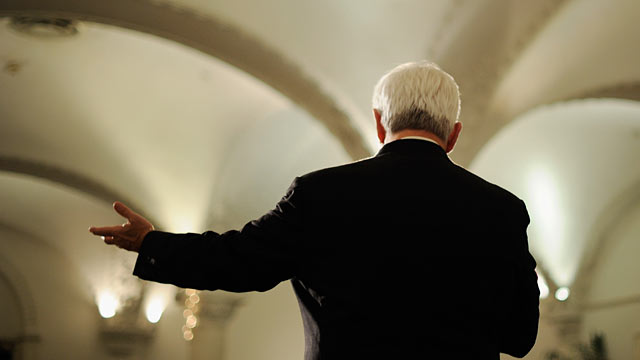 PHOTO: Newt Gingrich speaks during a town-hall meeting, one day before a GOP debate at the Ronald Reagan Presidential Library in Simi Valley, Sept. 6, 2011 in Pasadena, California.