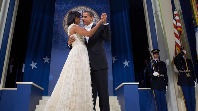 PHOTO: US President Barack Obama and First Lady Michelle Obama dance during the Southern RegionalInaugural Ball at the DC Armory in Washington, DC, Jan. 21, 2009.