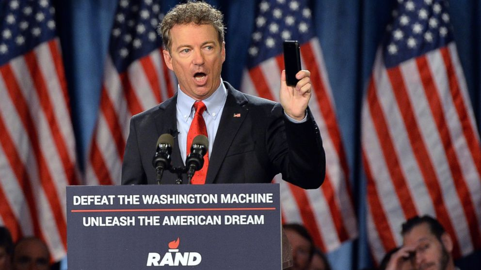 PHOTO: Senator Rand Paul speaks to supporters during the kickoff of the National Stand with Rand tour on April 7, 2015 in Louisville, Ky.