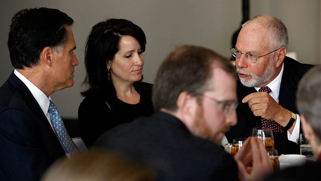 PHOTO: Paul Singer, right, has a conversation with GOP presidential hopeful Mitt Romney,