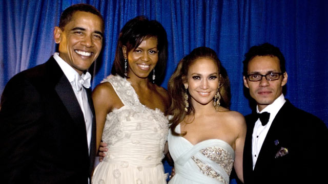 PHOTO: President Barack Obama, First Lady Michelle Obama, Jennifer Lopez and Marc Anthony pose backstage during the Western Inaugural Ball, Jan. 20, 2009 in Washington, DC.