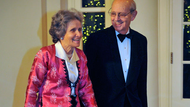 PHOTO: Supreme Court Justice Stephen Breyer and wife Dr. Johanna Breyer arrive before President Obama hosts Chinese President Hu Jintao at a State Dinner at the White House, January, 19, 2011 in Washington, DC.