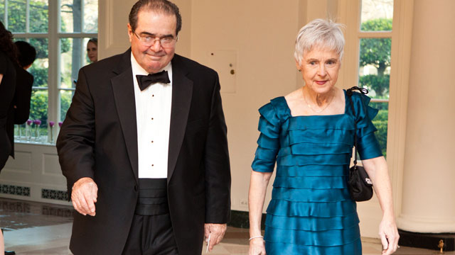 PHOTO: U.S. Supreme Court Justice Antonin Scalia and Maureen M. Scalia arrive for a State Dinner in honor of British Prime Minister David Cameron