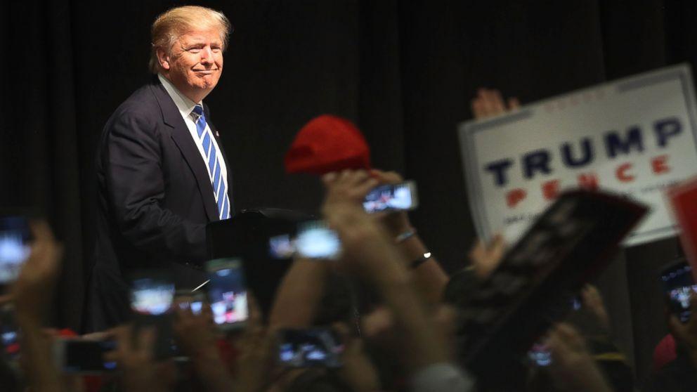 http://a.abcnews.com/images/Politics/gty_trump_er_160928_16x9_992.jpg