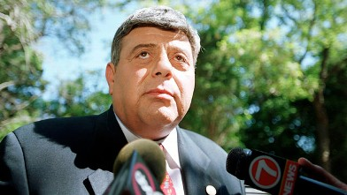 "PHOTO: Providence R.I. mayor Vincent ""Buddy"" Cianci Jr. speaks to the press regarding the death of actor Anthony Quinn in Bristol R.I."
