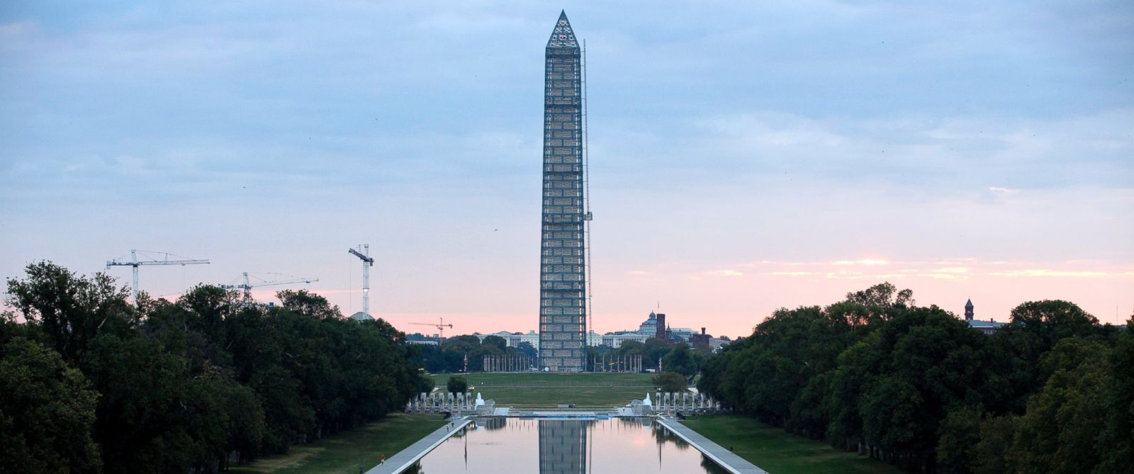 PHOTO: The Washington Monument this Oct. 1, 2013 file photo.
