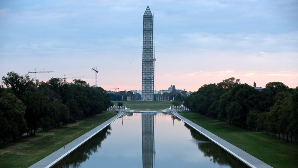 PHOTO: The Washington Monument this Oct. 1, 2013 file photo.