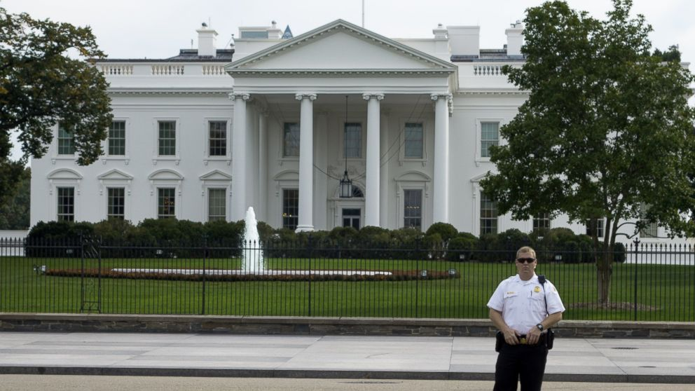 White house fence jumper got farther than previously thought sources