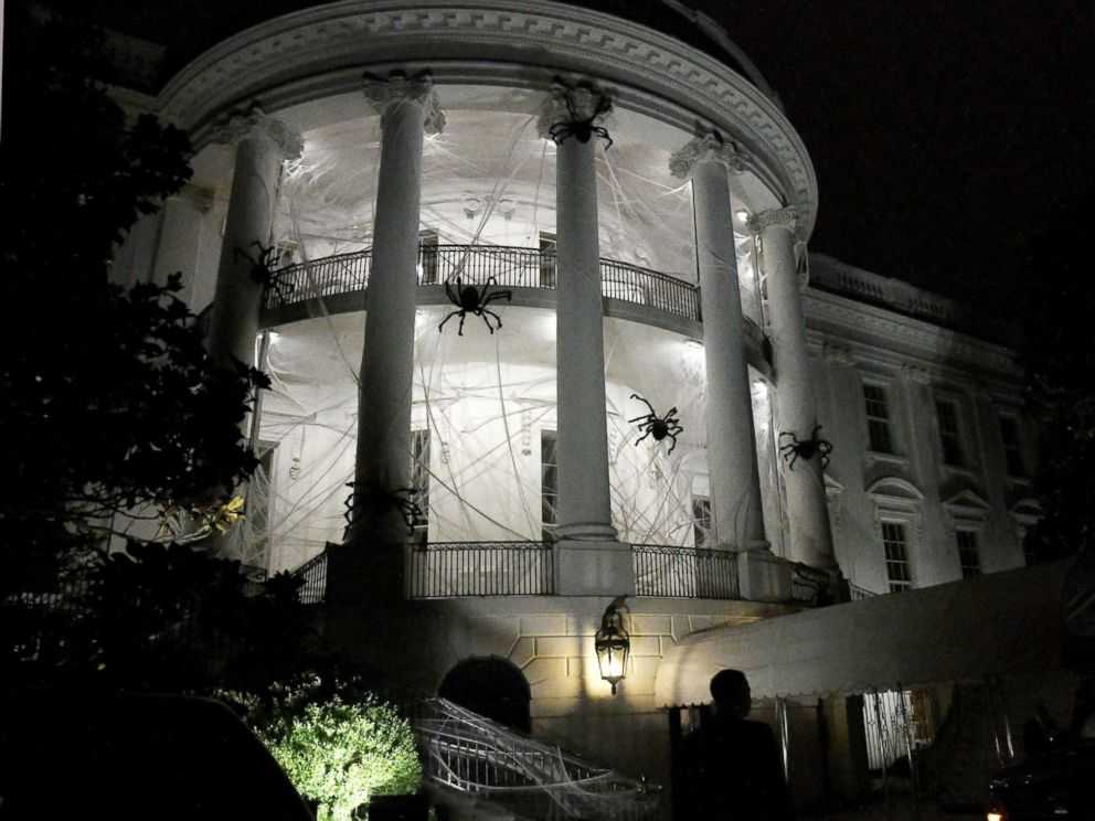 The White House Gets A Spooky Halloween Makeover Abc News