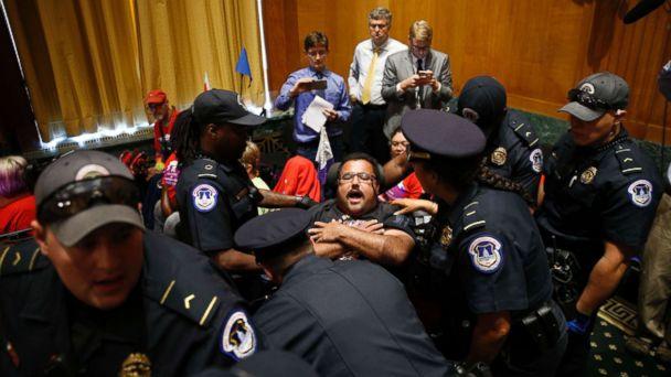 http://a.abcnews.com/images/Politics/healthcare-protests-01-rt-jef-170925_16x9_608.jpg