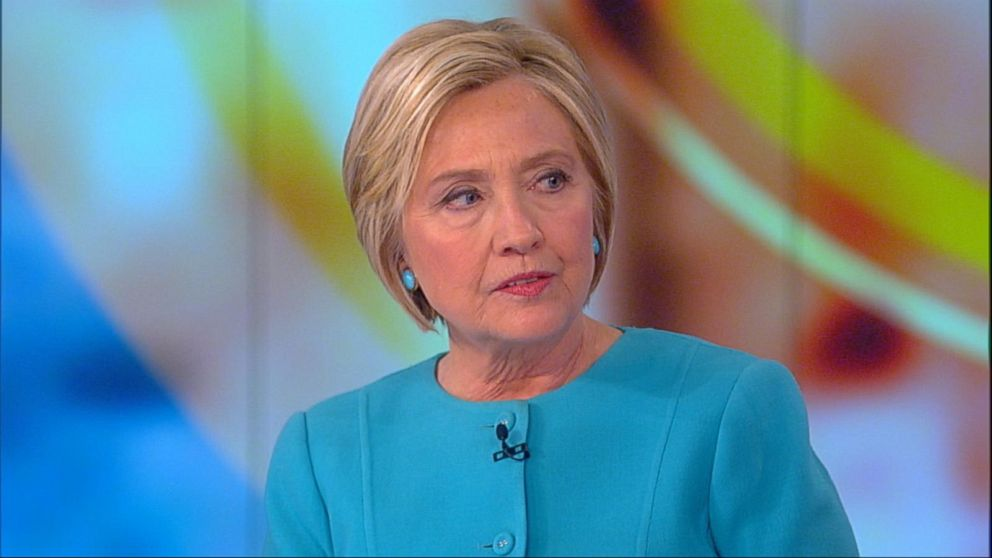 Clinton slams Trump admin. over private emails: 'Height of hypocrisy'
