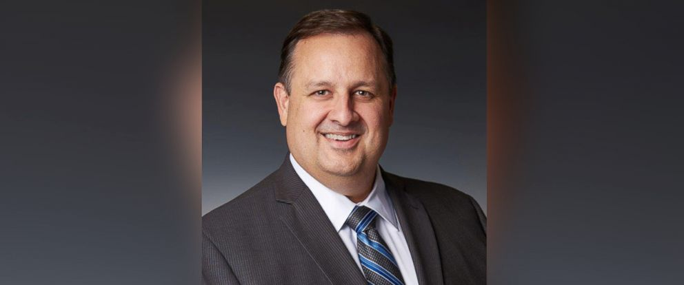 PHOTO: Director of the U.S. Office of Government Ethics Walter Shaub.