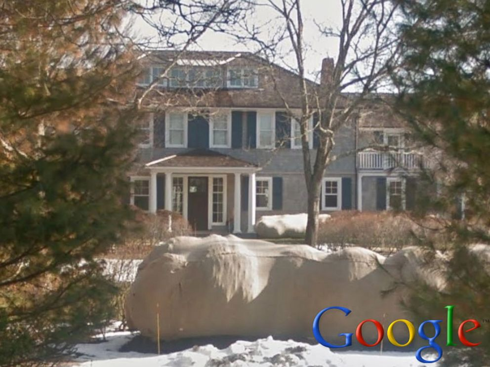 PHOTO: Bill and Hillary Clinton rented this home in Amagansett, New York.