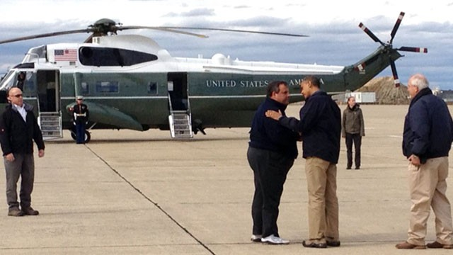 PHOTO: President Barack Obama and NJ Gov. Christie on the tarmac in Atlantic City, New Jersey