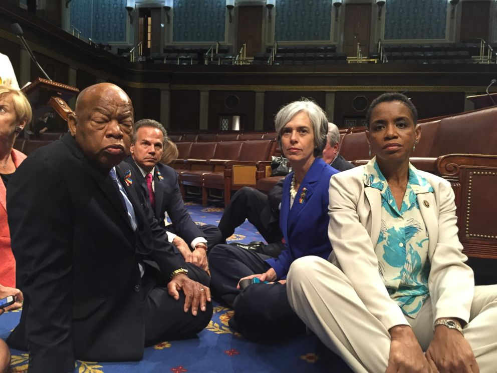 PHOTO: House Democrats participate in a sit-in staged to protest inaction on gun votes in Washington, June 22, 2016.