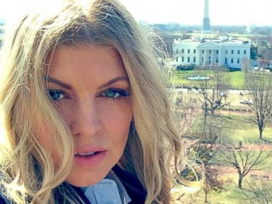 Fergie Goes to DC - Takes Selfie Near White House