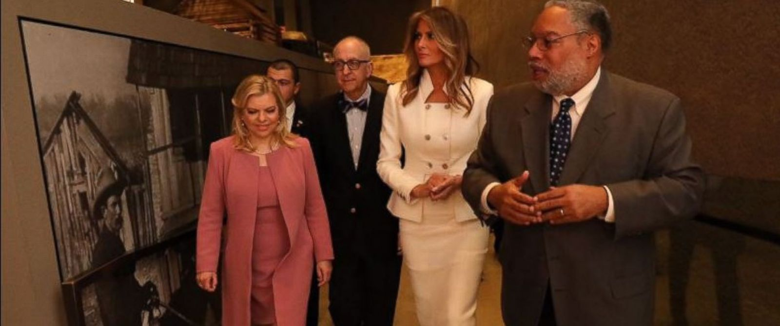 PHOTO: Melania Trump and Sara Netanyahu tour the Smithsonians National Museum of African American History and Culture in Washington, Wednesday, Feb. 15, 2017, with Director Lonnie Bunch, second from right, and Smithsonian Secretary David Skorton.