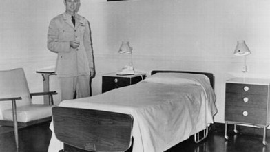 PHOTO: This hospital room was prepared for first lady Jacqueline Kennedy at Otis Air Force Base in Cape Cod, Mass.