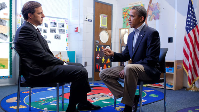 PHOTO:President Obama sits down with ABC News senior White House correspondent Jake Tapper for an exclusive interview in Jamestown, N.C.
