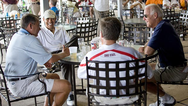PHOTO: Barack Obama has a drink with Joe Biden, John Boehner, John Kasicha at Joint Base Andrews after playing a round of golf on June 18, 2011.