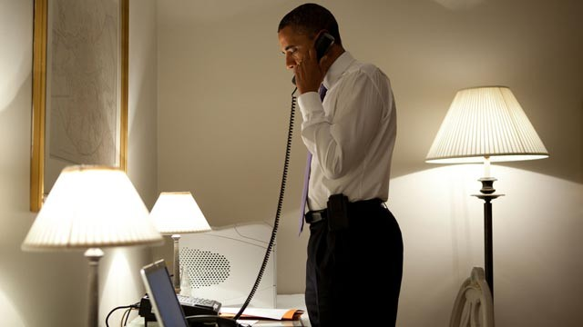 PHOTO: President Obama talks on the phone with Missouri Governor Jay Nixon, during his visit to Dublin, Ireland, May 23, 2011.