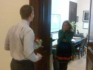 US Senator Plays Cupid for Staffer