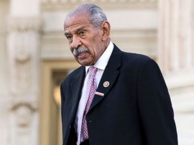 PHOTO: Rep. John Conyers walks down the House steps after a vote in the Capitol, Sept. 27, 2016.